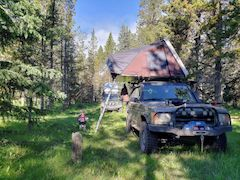 Land Rover Discovery 2 with iKamper camping setup
