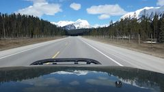 Land Rover Discovery road trip in British Columbia Canada, beautiful views and roads