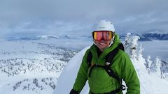 Ski Powder in Canada