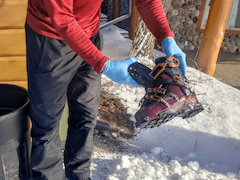 How to dye downhill ski boots