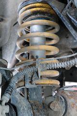 Land Rover 4x4 coil suspension