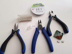 needle threader supplies